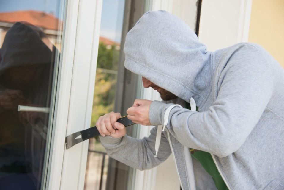 Zlodeji páchajú počas letných mesiacov stále väčšie škody