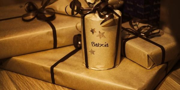 Posielate vianočné darčeky poštou?