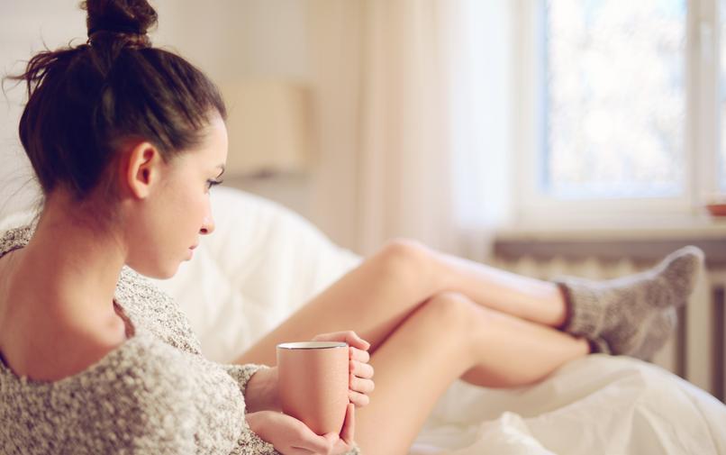 Dobrá nálada a kvalitný spánok sú ako siamské dvojčatá. Skôr ako sa uložíte, okrem prípravy potrebných vecí, si doprajte malý večerný rituál.