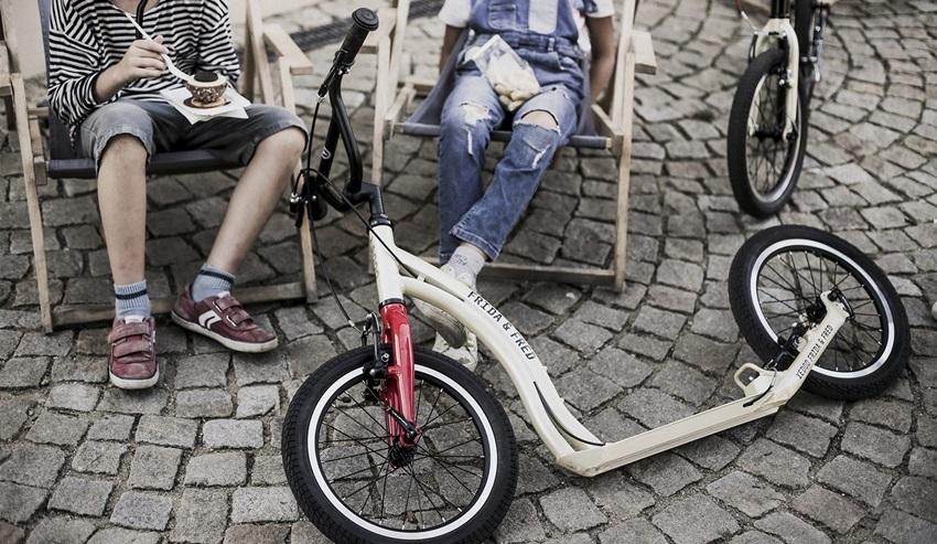 Na bicykloch a kolobežkách...